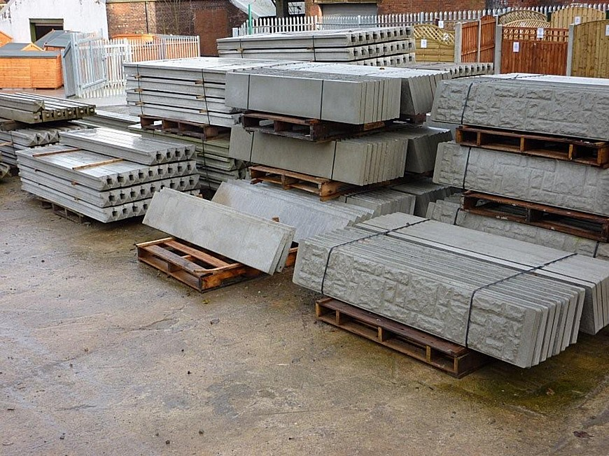Concrete Fence Posts & Bases