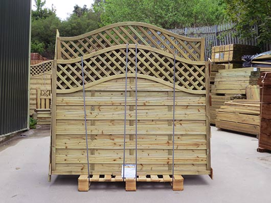 Continental Omega Lattice Top panels on a pallet ready for courier delivery